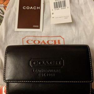 Brand New Coach black women's clutch